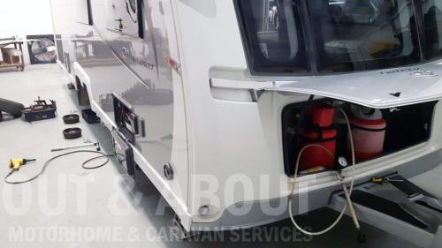 caravan-servicing-2